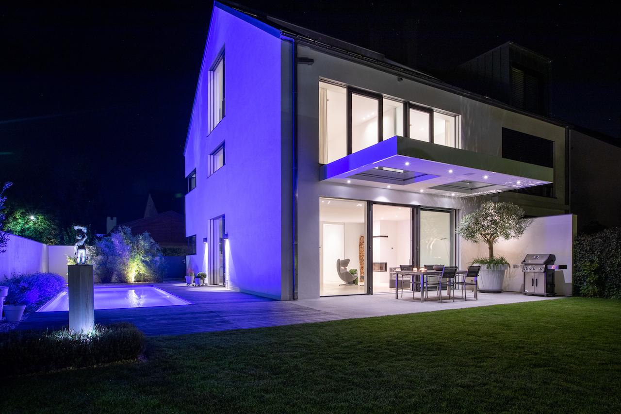 Wohnanlage mit zwei Doppelhäusern und Tiefgarage in Regensburg